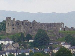 English: Denbigh Castle, Denbighshire seen fro...