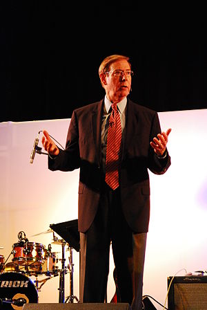 English: Gary Chapman speaking at an Associati...