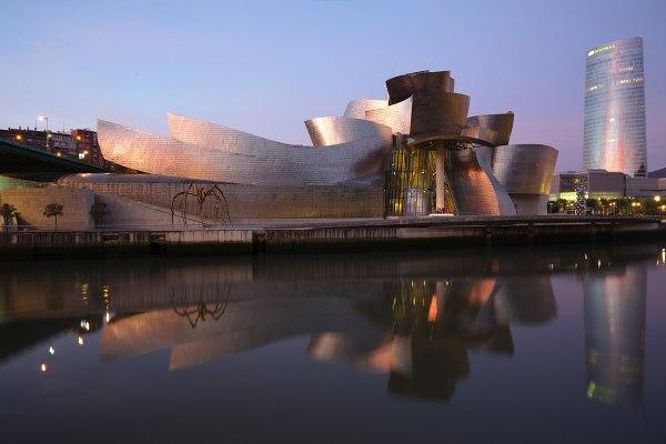 Guggenheim Museum Bilbao - Wikipedia