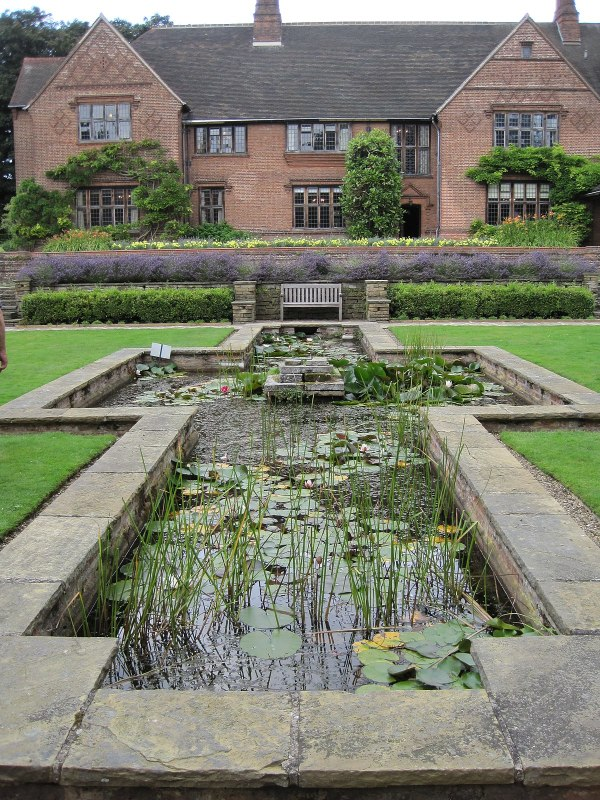 goddards house and garden - wikipedia