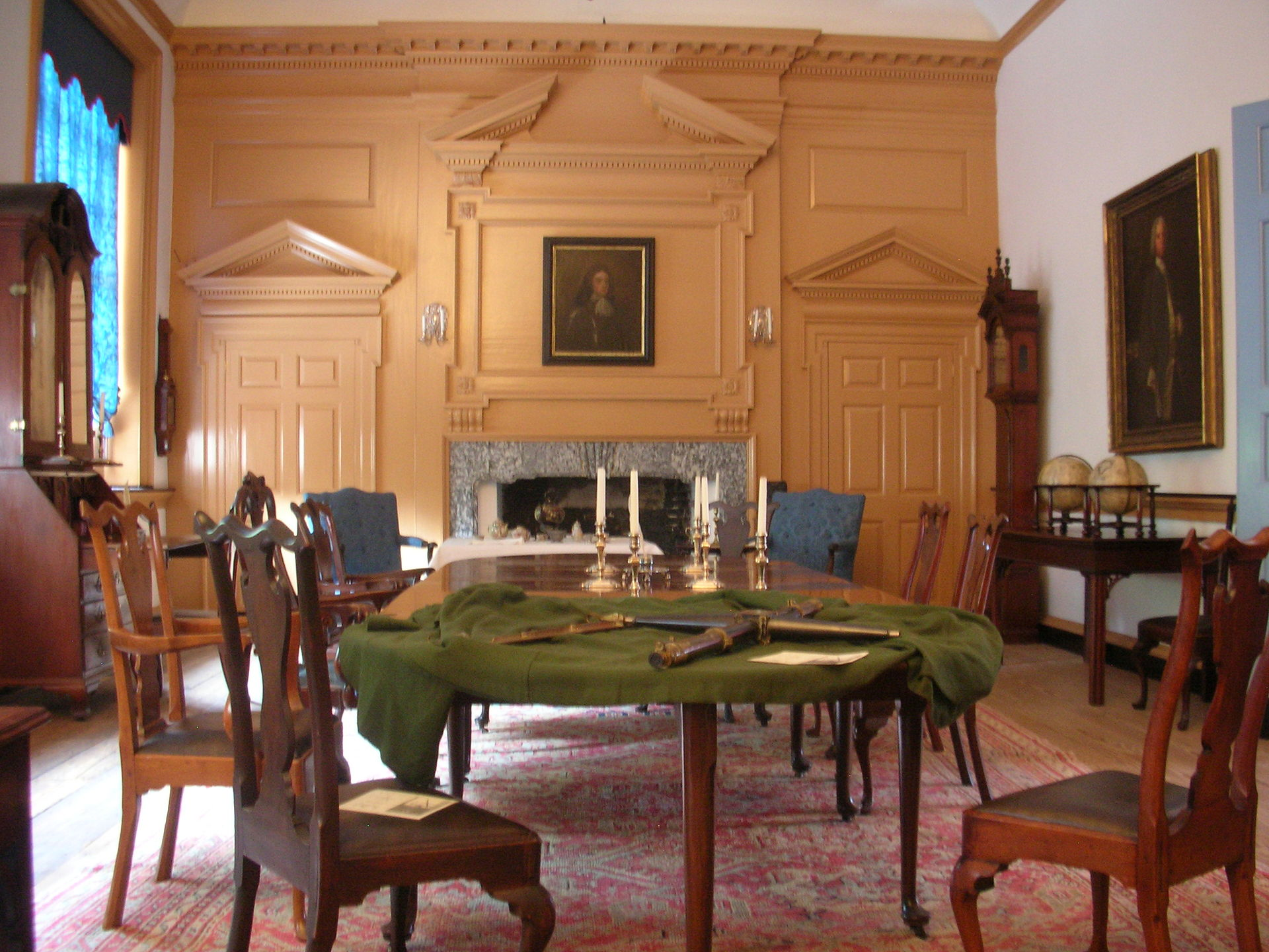 Queen Anne style furniture  Wikipedia