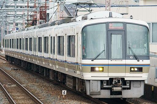 JRW 221 set NC603 Yamatoji Rapid at Momodani Station 2017-02-22