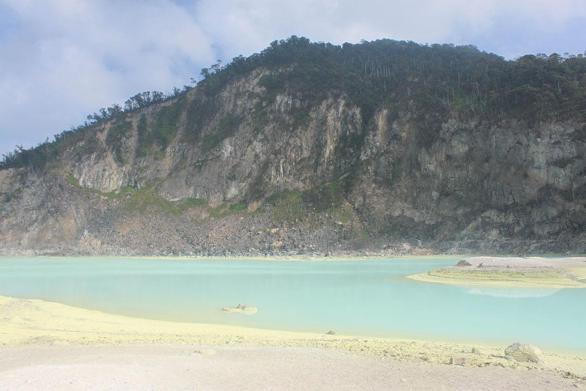 Kawah Putih  Wikipedia bahasa Indonesia ensiklopedia bebas