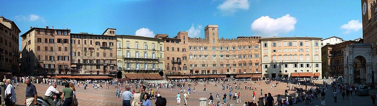 Piazza del Campo, Italia.jpg