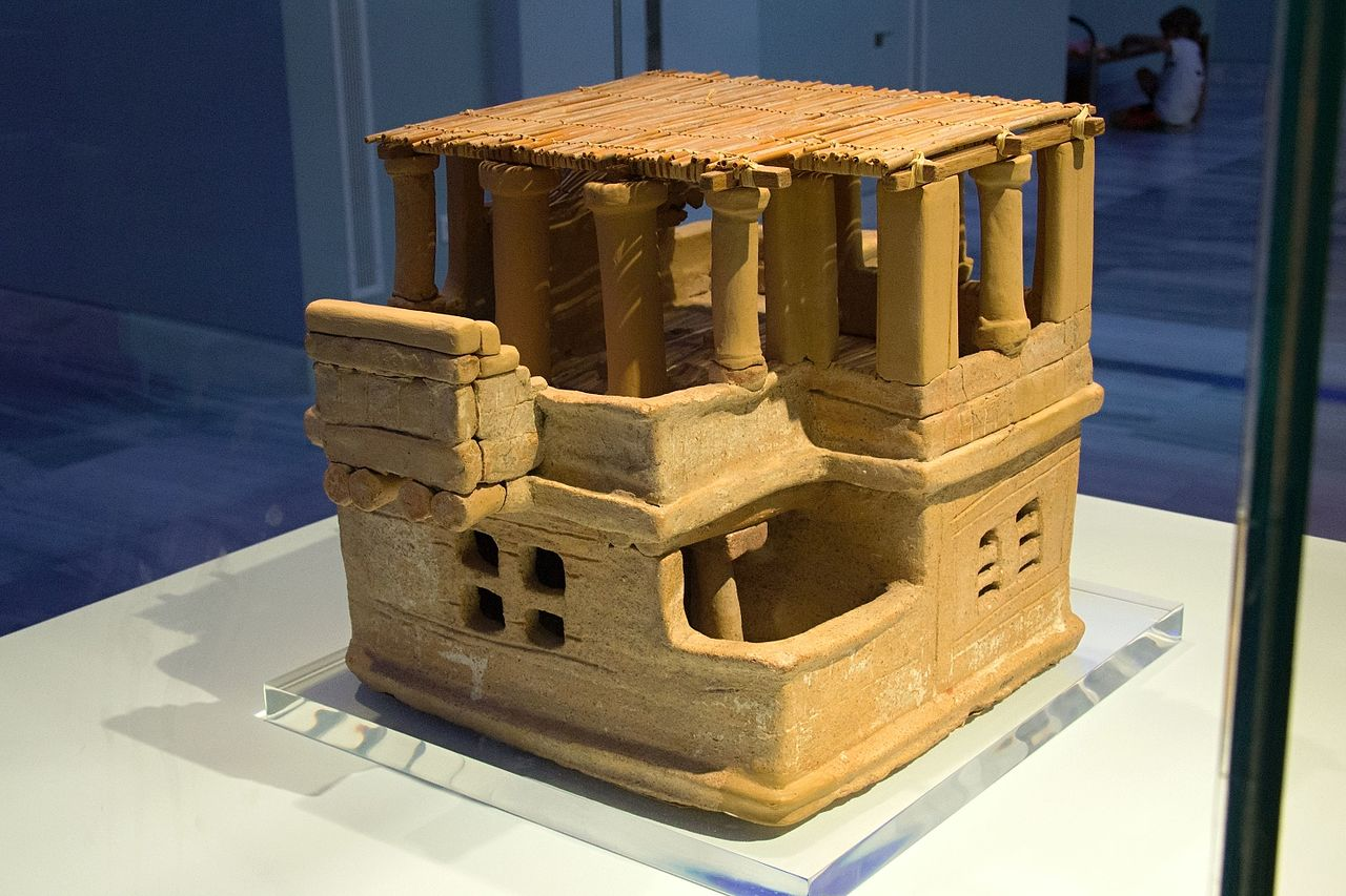 File Clay House Model From Archanes 1700 Bc Amh 19410