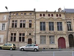 Français : Façades Renaissance, rue du Bourg à...