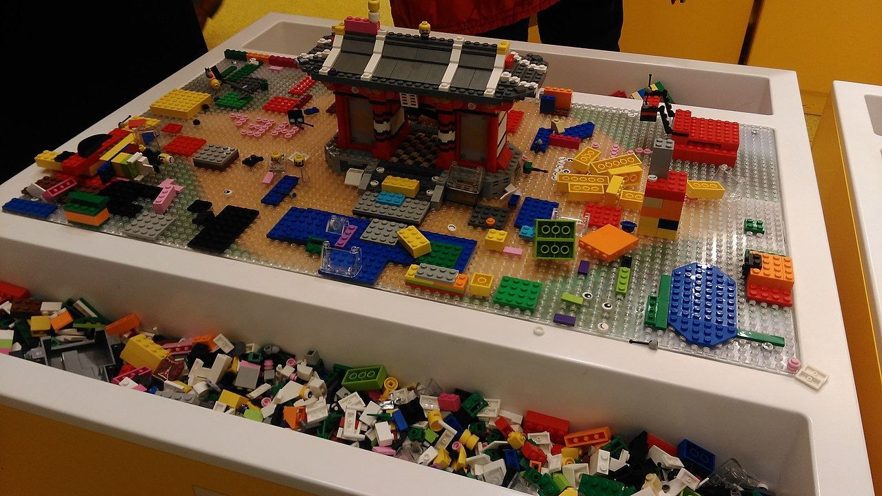 FileLego play area in Lego store Leicester Square