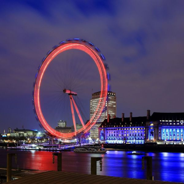 File London Eye Night Long Exposure - Wikimedia Commons