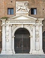 Palazzo del Podestà (Verona) - Maine Gate.jpg
