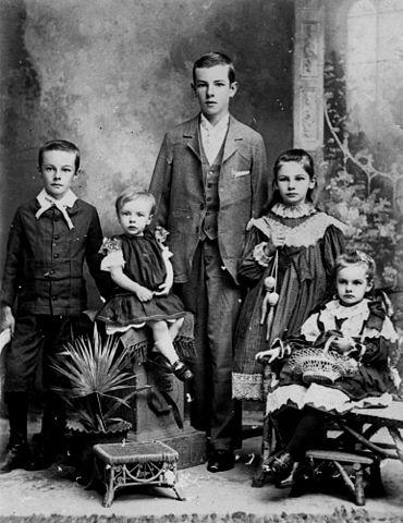FileStateLibQld 1 123835 Group portrait of three girls and two boys Brisbane 18901900jpg