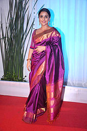 170px Vidya Balan at Esha Deol%27s wedding reception 09 Womens Blouse Patterns
