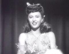 Barbara Stanwyck dans L'Étrangleur en 1943