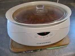 a slow cooker Oval Crock Pot