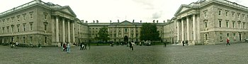 English: Front Arch Panorama, Trinity College,...