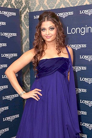 English: Aishwarya Rai Bachchan at the launch ...