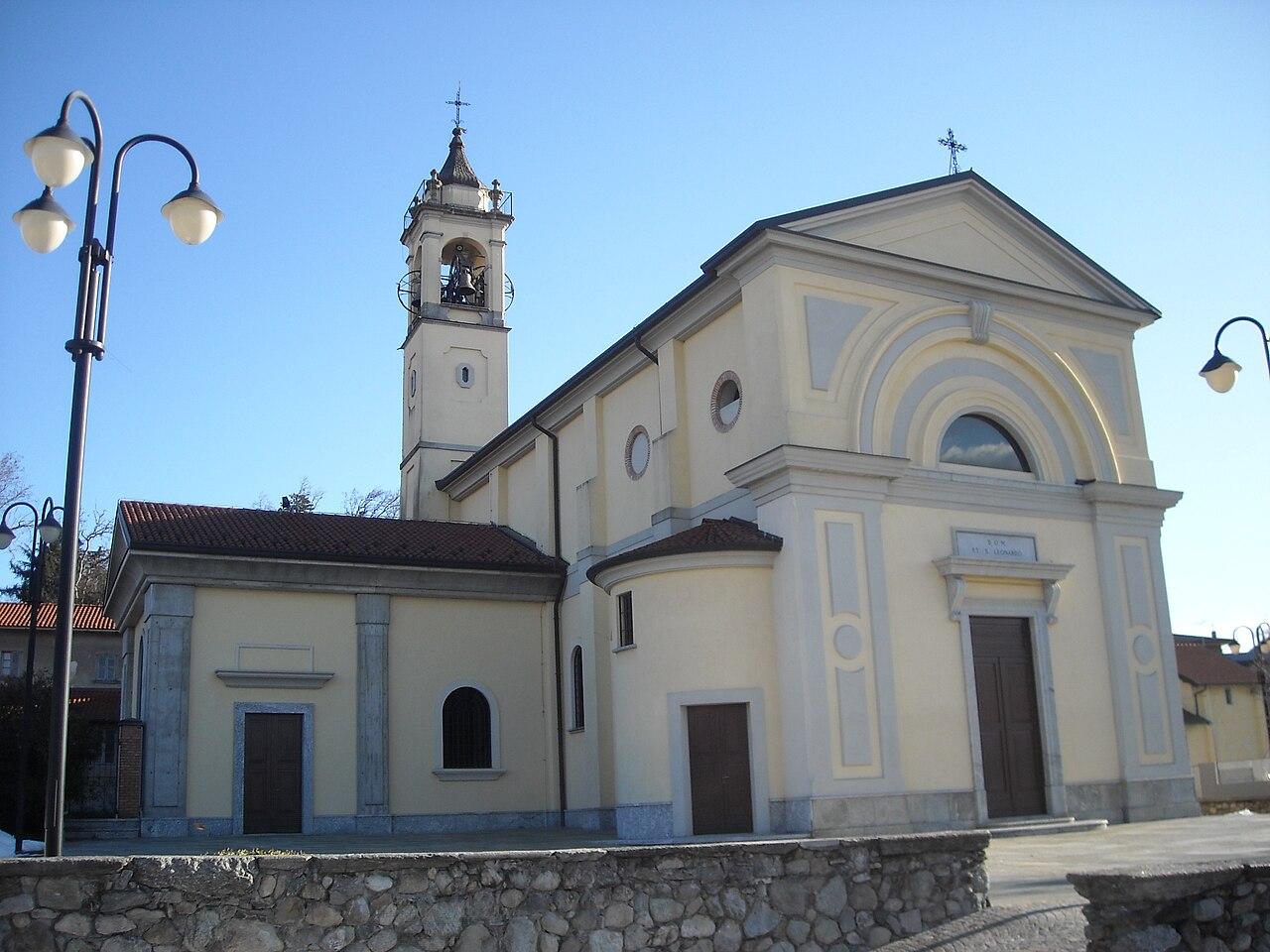 FileChiesa parrocchiale di San Leonardo Capiago