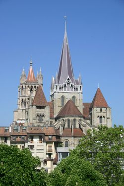 Lausanne-cathe7.JPG