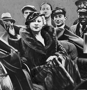 Mae West. Library of Congress description: &qu...