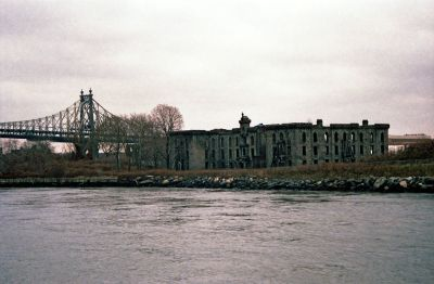 File:New-York-City,-Roosevelt-Island,-Smallpox-Hospital ...