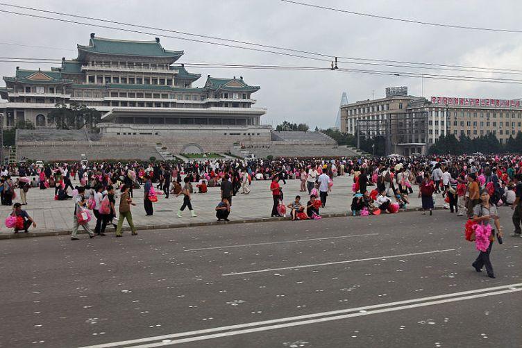 corea del nord kim il kung piazza