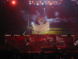 Iron Maiden em concerto.