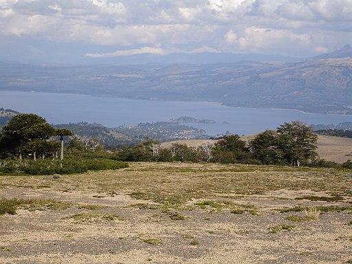 Lago Aluminé desde Batea Mahuida