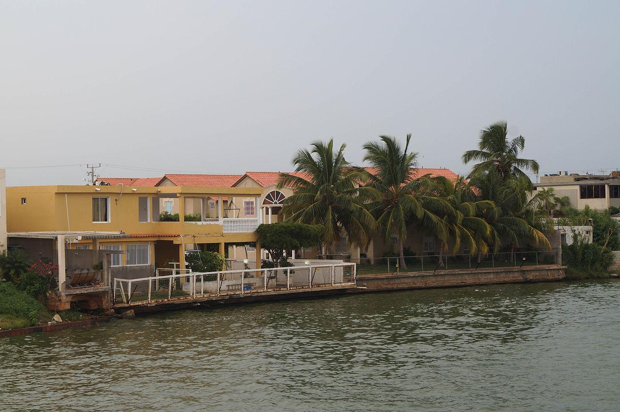 FileCasa en Isla DoradaJPG  Wikimedia Commons