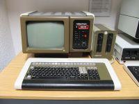 File:DDR-Museum Pirna Computer Robotron K 8915 2015-01-17 ...
