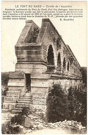 Français : Carte postale de la Pont du Gard
