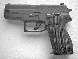 English: SIG-Sauer P225