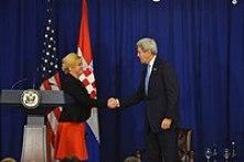 President Grabar-Kitarović with the US Secretary of State John Kerry at the Equal Futures Partnership meeting, 2016