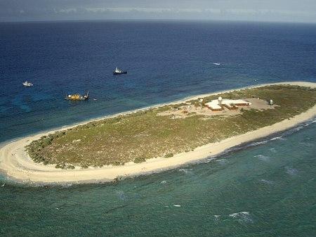 File:Willis Island.JPG