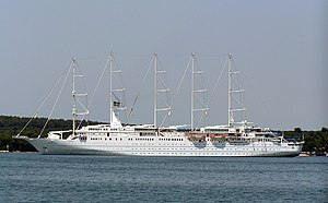 English: Cruise ship Wind Surf in Pula, Croatia