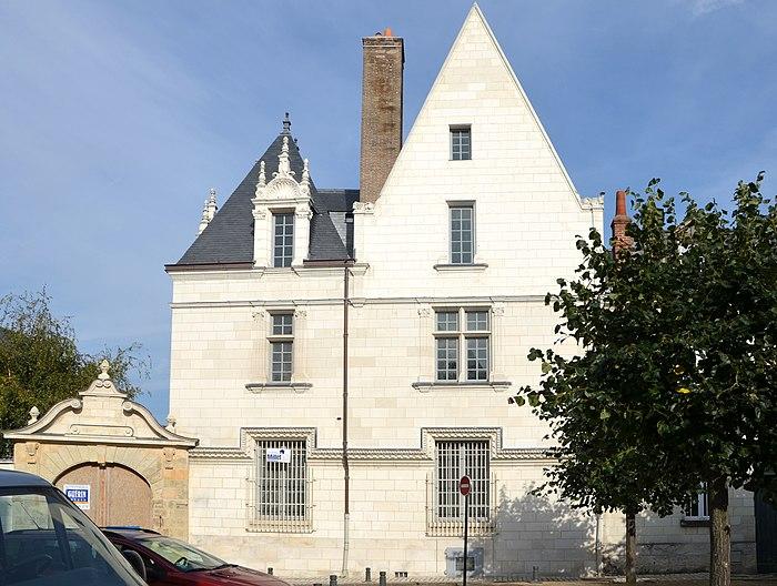 hotel de jean galland ou babou de la bourdaisiere monument historique a tours myopenweek