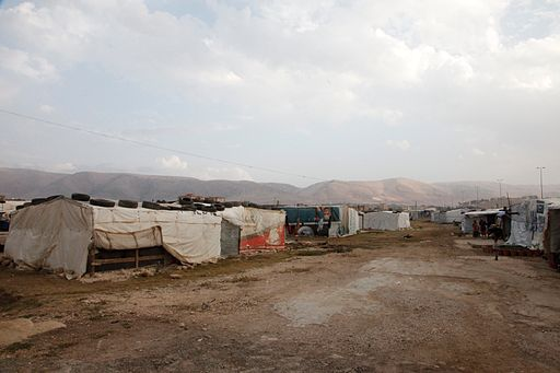 An informal tented settlement in Lebanons Bekaa valley (11174052664)