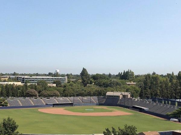 Dobbins Stadium - Wikipedia