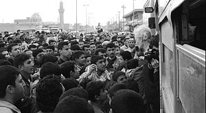Human shields crossing border into Iraq were g...