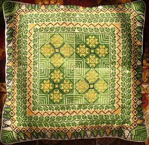 English: Embroidered pillowcase produced by Pa...