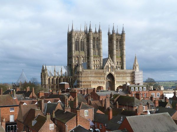Lincoln Cathedral - Wikipedia
