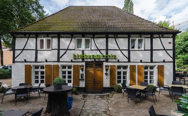 File Duisburg Lindenwirtin 2017 08 Cn 02 Jpg Wikimedia