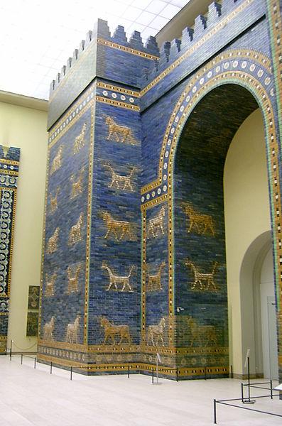 Bestand:Ishtar gate Pergamon Museum.JPG
