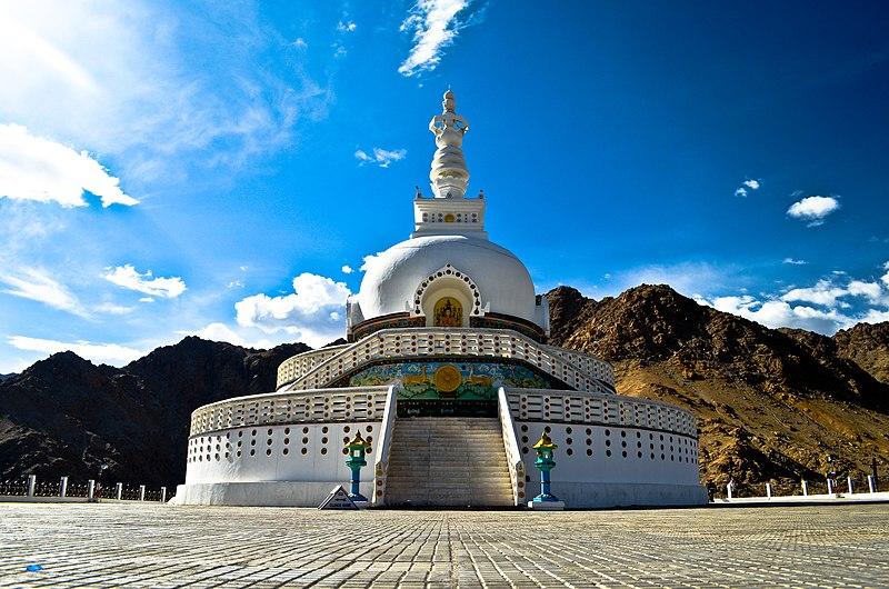 File:Shanti Stupa ,Ladakh.jpg