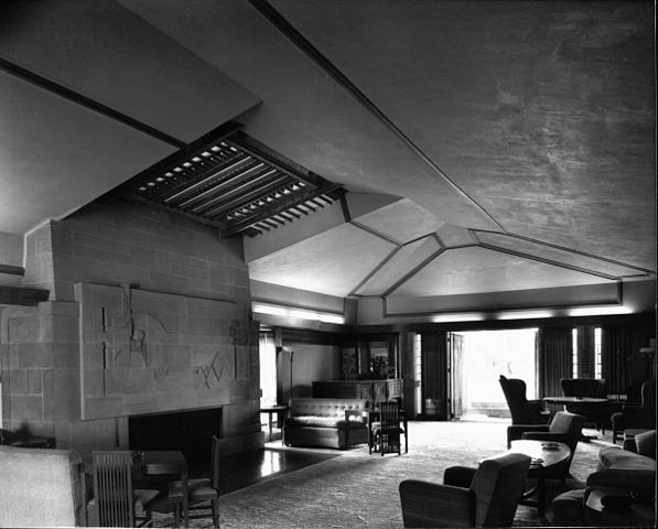 FileInterior view of the Hollyhock House Los Angeles