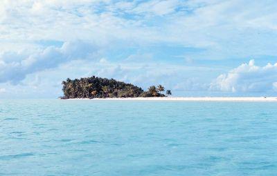 Desert island - Wikipedia