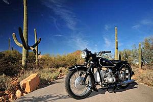 English: 1955 BMW R67/3 motorcycle