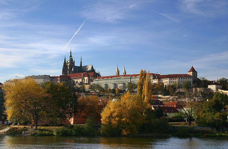 File:Hradschin Prag.jpg