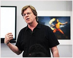 English: Joe McNally presenting at Nikon Centr...