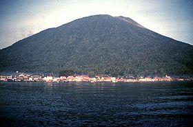 Gunung Gamalama  Wikipedia bahasa Indonesia ensiklopedia