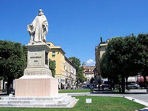 Italiano: Arezzo - Piazza Guido Monaco