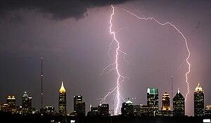 English: Lightning bolts hitting Atlanta skysc...